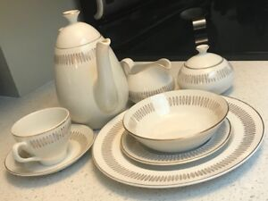 Royal Knight Vinatge Dinnerware Set