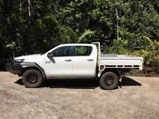 2015  Hilux SR 2.8 cab/c auto  steel tray LOW kms many EXTRAS Malanda Tablelands Preview
