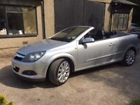 Vauxhall astra twin top convertable 2lt turbo very rare car