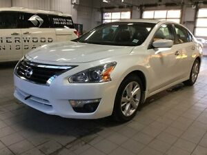 2015 Nissan Altima 2.5 SV Back-up Cam,  Bluetooth,  A/C,