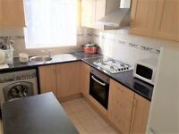 THREE BEDROOM FIRST FLOOR FLAT AVAILABLE IN MANOR HOUSE, N4 - SORRY NO DSS