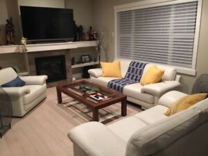 3000 SQ FT EXECUTIVE BUNGALOW HOME FOR RENT IN SHERWOOD PARK
