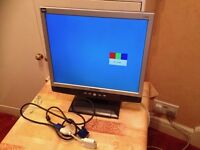 "Hyundai Imagequest L72D - 17"" PC Monitor with VGA Cable and Power Lead - Good Condition"