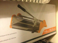 Tile cutter 14 in or 35.6 cm