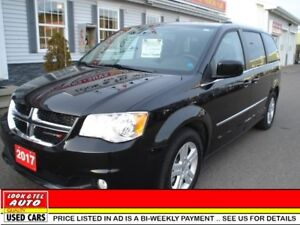 2017 Dodge Grand Caravan CREW PLUS  LOADED