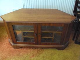 Oak TV cabinet with glass doors
