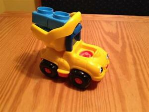 Fisher Price Little People Construction Dump Truck with sound