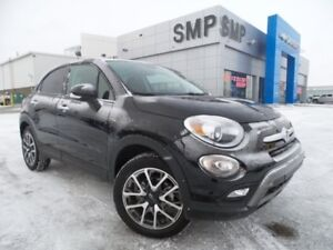 2017 FIAT 500X Trekking - Awd, Sunroof, Back Up Cam, Alloys