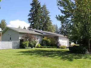 Lovely 5Bdrm/3Bth Family Home in Quiet Area