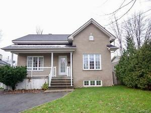 Beautiful House in Pierrefonds-Roxboro