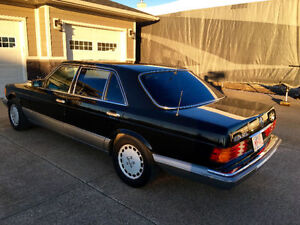 1988 Mercedes 560 SEL, V8, Great condition! Only 126780kms! W126