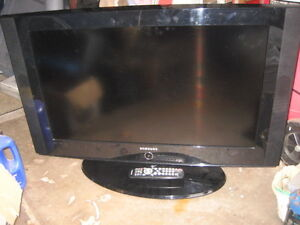 32 in Samsung Flat Screen TV