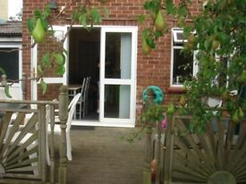 DOUBLE ROOM TO LET IN STRATDFORD
