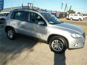 2010 Volkswagen Tiguan 5NC MY10 125 TSI Silver 6 Speed Manual Wagon Wangara Wanneroo Area Preview