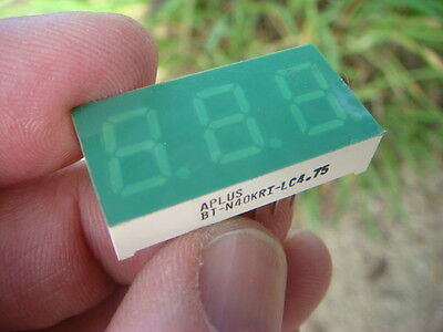 Lot 25 Aplus 3-digit 7-seg Yelloworange Led Disps - Bt-n40kri - New And Unused