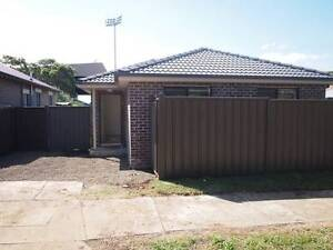 2 near new bedroom townhouse - 5 min walk to Belmore station Belmore Canterbury Area Preview