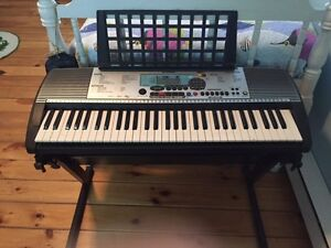 Yamaha PSR 225GM keyboard