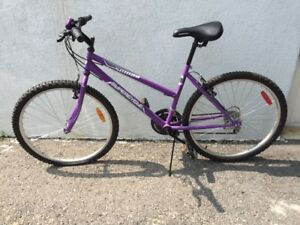 GIRLS ROAD BIKE (Supercycle)
