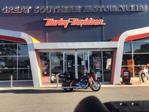 2015 Harley-Davidson CVO Road Glide Ultra FLTRUSE Orana Albany Area Preview