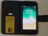 Apple iPhone 5s - 16GB - Black (Unlocked) Smartphone Fully working.