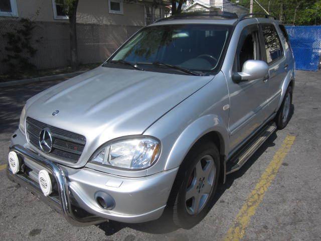 Image 1 of Mercedes-Benz: M-Class…