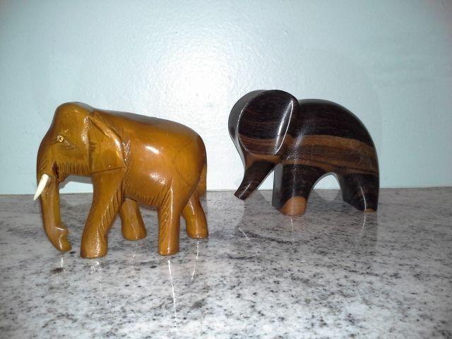 PAIR OF ELEPHANT FIGURINES