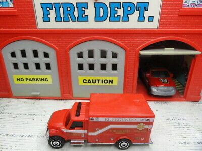 MATCHBOX FIRE INTERNATIONAL TERRASTAR  AMBULANCE