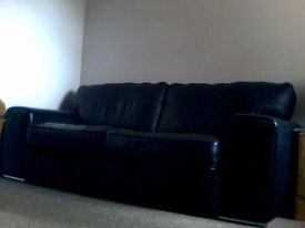 BLACK LEATHER LARGE SOFA