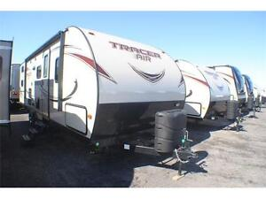 TRACER 270 AIR 2016 30,5 pieds à 5643 lbs