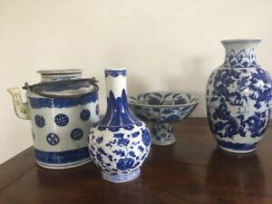 Assorted porcelain vases and a teapot