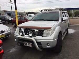 2007 Nissan Navara D40 ST-X (4x2) White 6 Speed Manual Dual Cab Pick-up Sandgate Newcastle Area Preview