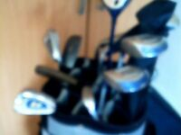 joblot consisting of 2 bags , 31 assorted clubs 7 47 assorted used balls