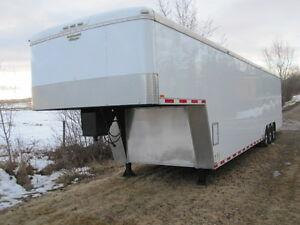 40 ft.Fifth Wheel Triple Axle Continental enclosed Cargo Trailer