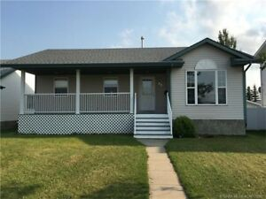 Lancaster - RENOVATED 5 bdrm family home! - 5 Bedroom House...