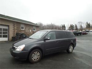 SUPER DEAL! 2012 Kia Sedona LX 108000 KM! ONLY $9990 - &119 BI W