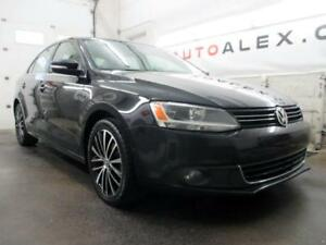 2013 Volkswagen Jetta 2.5L Highline CUIR TOIT OUVRANT MAGS