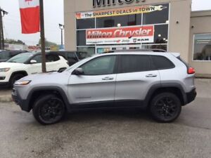 2017 Jeep Cherokee TRAILHAWK 4X4|LEATHER|NAVIGATION|SUNROOF