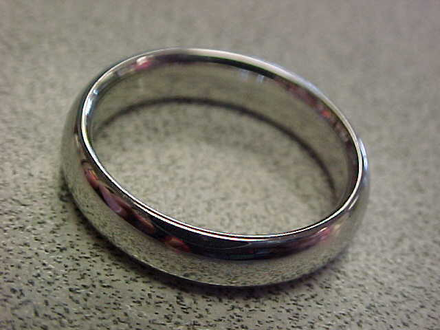 New    Platinum 5 Mm Band Ring Size 8-1/2
