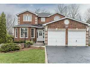3 Bd Rms HOME BACKING WOODLAND IN HOLLY COMMUNITY