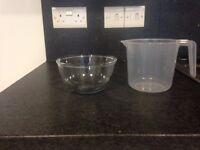 Package: 1 PYREX bowl + 1 measuring jug