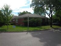 Large Corner Location Family Home For Rent With 3 Bedrooms