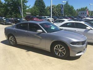 2016 Dodge Charger SXT PLUS silver with black leather sunroof