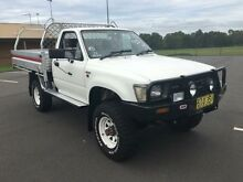 1992 Toyota Hilux RN105R (4x4) White 5 Speed Manual 4x4 Cab Chassis Condell Park Bankstown Area Preview