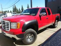 2008 GMC Sierra 2500HD SLE 4x4 Extended Cab 6.6 ft. box 143.5 in