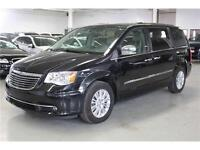 2012 Chrysler Town & Country Limited FULLY LOADED!