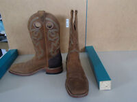 Barely Used (only 30 minutes!) Ladies size 9 Cowboy Boots