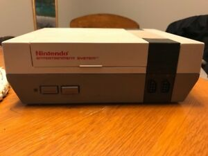 Original NES w/ 2 Controllers, All Hookups and 2 Games