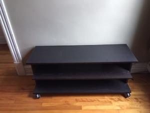 Meuble de télé Ikea - Très bon état