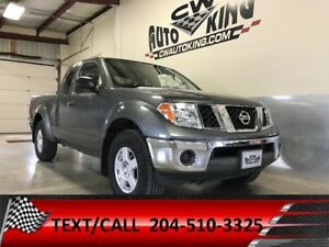 2005 Nissan Frontier SE / 4x4 / King Cab / Low Kms.