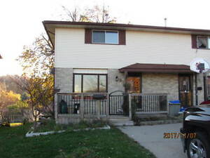 PERFECT FAMILY HOME ON A QUIET CRESCENT Kitchener / Waterloo Kitchener Area image 1